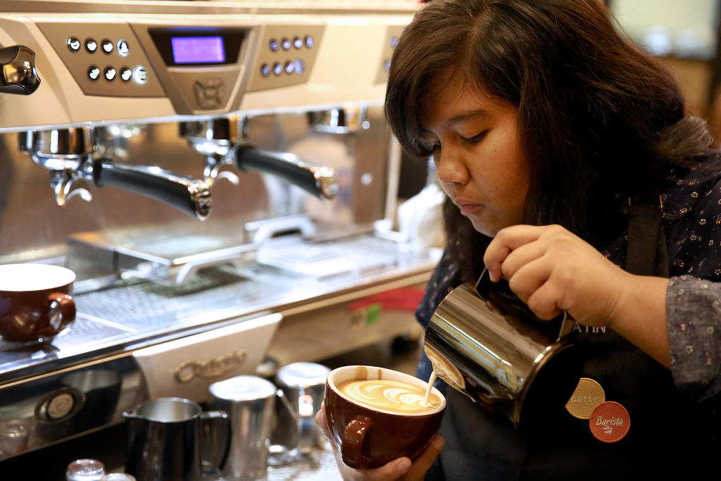 Barista with intellectual disability pours her heart into latte art