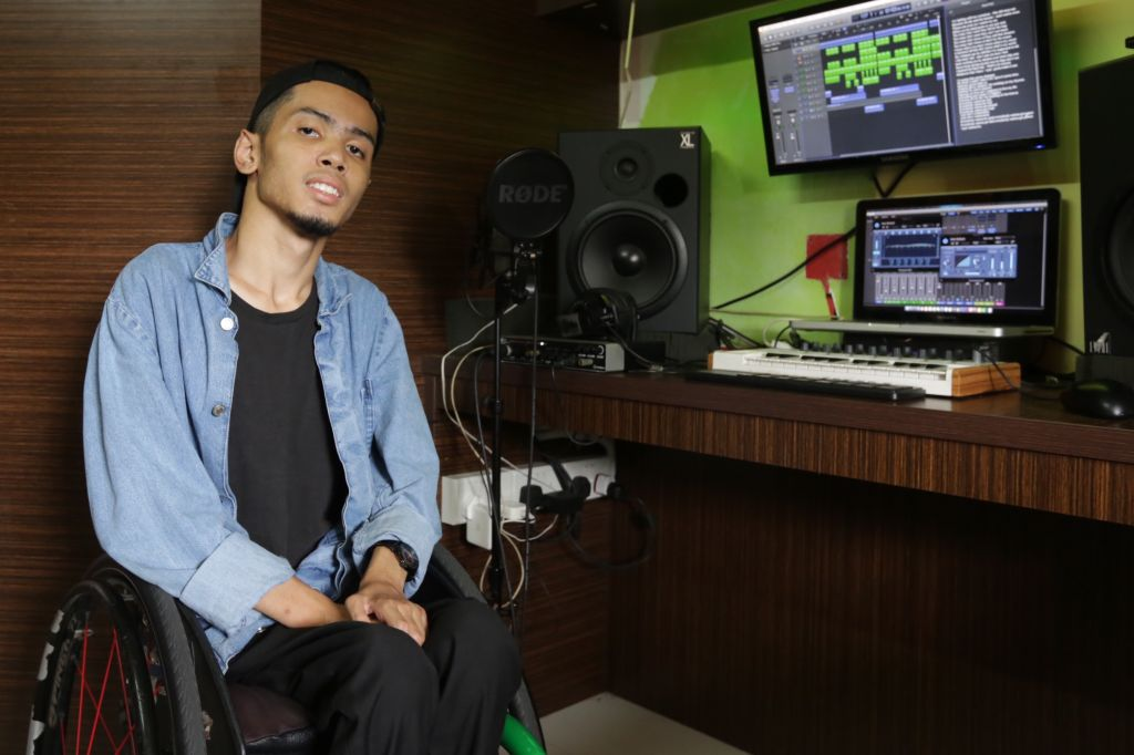 Music was his 'saviour' when kid with muscular dystrophy couldn't fit in